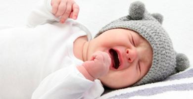 por que mi bebé llora sin motivo