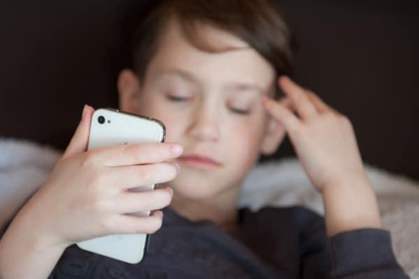 Riesgos de las redes sociales y los adolescentes, como comportarse